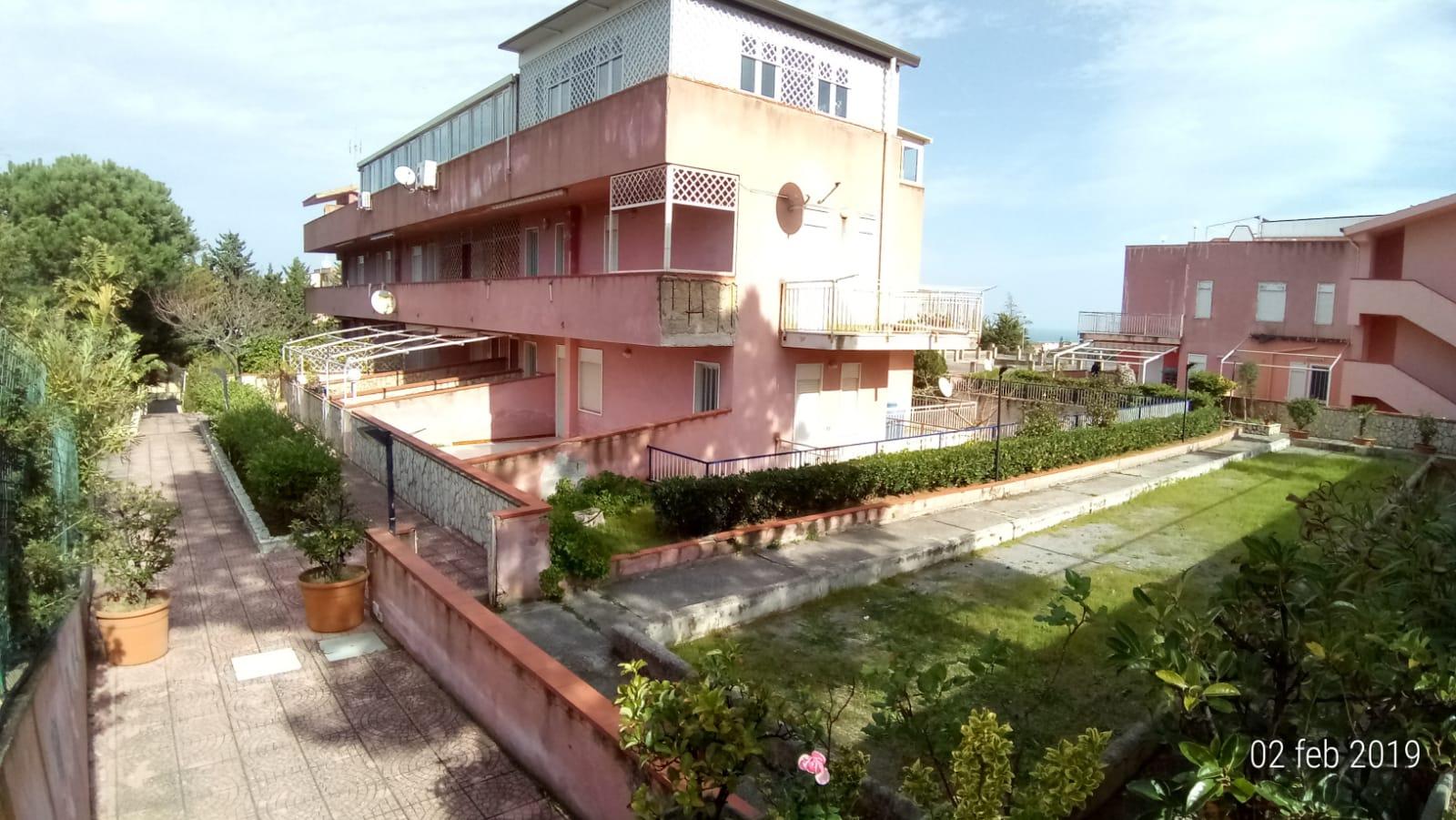"Pollina Residence "" Costa Blu "" con Piscina"