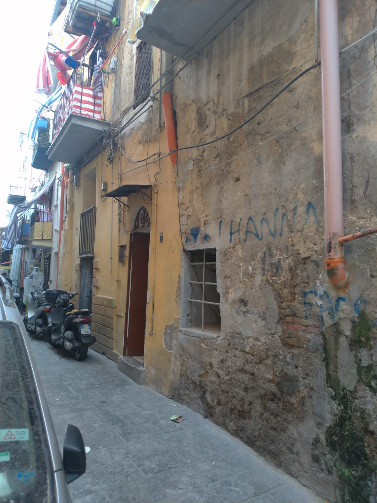 bivani Centro storico Pressi TRIBUNALE USO INVESTIMENTO